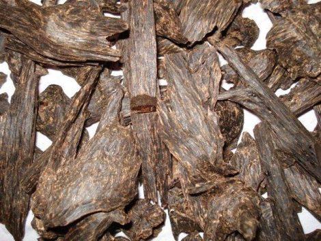 Illatolaj Oud Wood