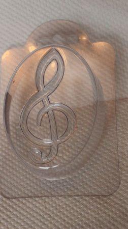 M&P szappanöntő forma violinkulcs (ovális)