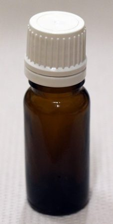 Patikai barna üveg 20ml-es cseppentős kupakkal (fehér) (1tálca 180db)