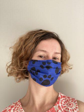 E. Tappancs mintás textil maszk