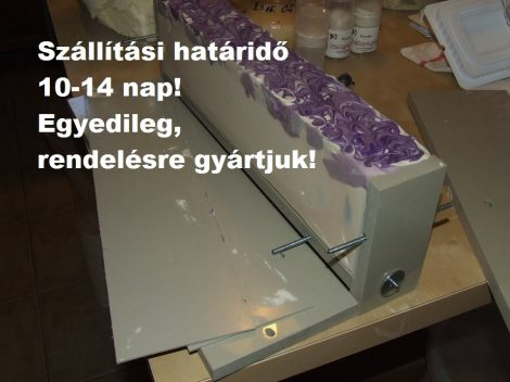 Műanyag hosszúkás szappanöntő forma PP tipus